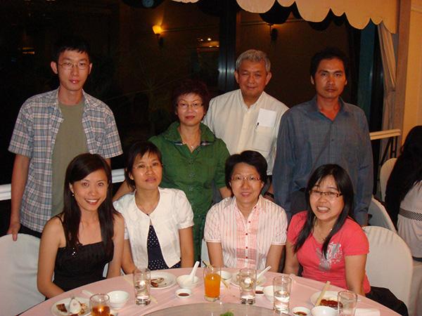 img-news-feed-annual-dinner-2009-08-b