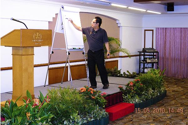 img-news-feed-workshop-05-b