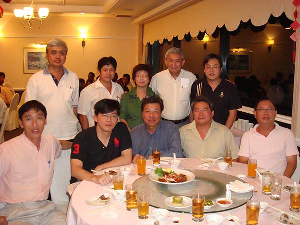 img-news-feed-annual-dinner-2009-02-b